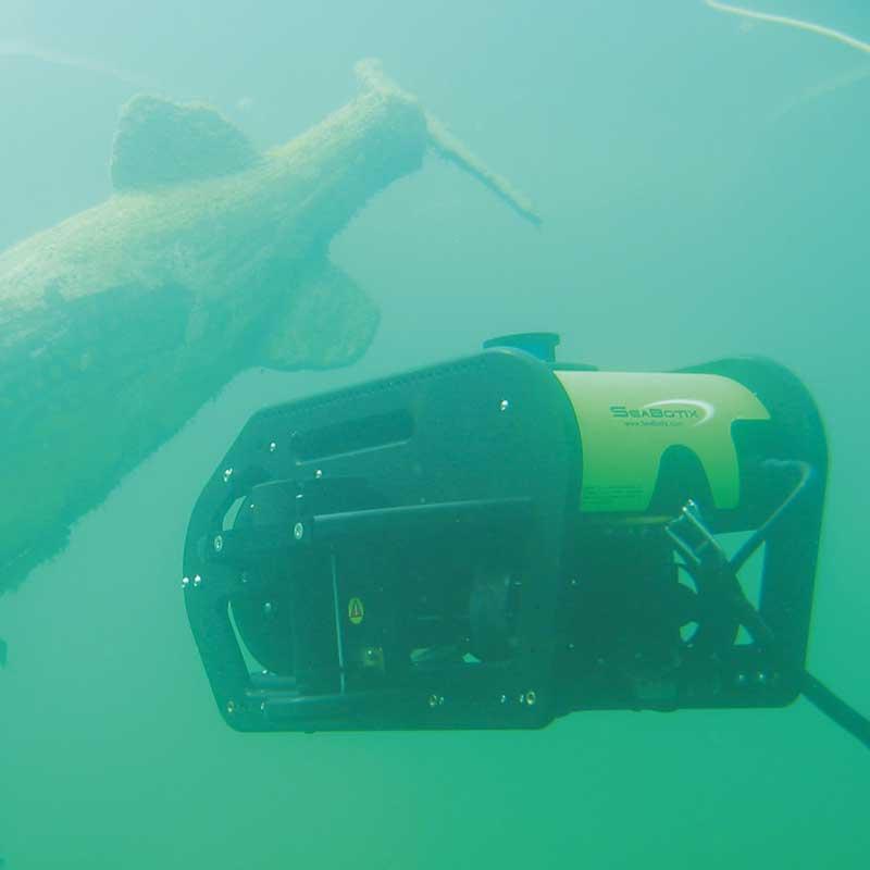 Seabotix Tauchroboter bei Taucherarbeiten